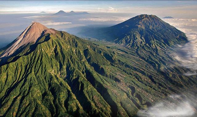 Gora Merapi in vulkan (foto: pixabay.com)